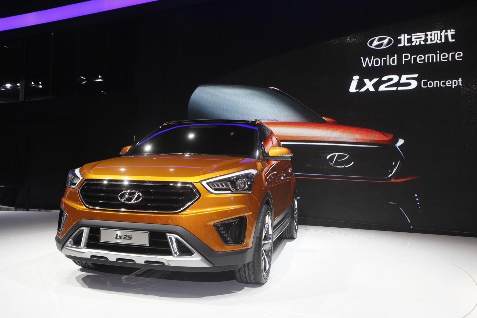 Hyundai ix25 concept showcased at the on going 2014 Auto
