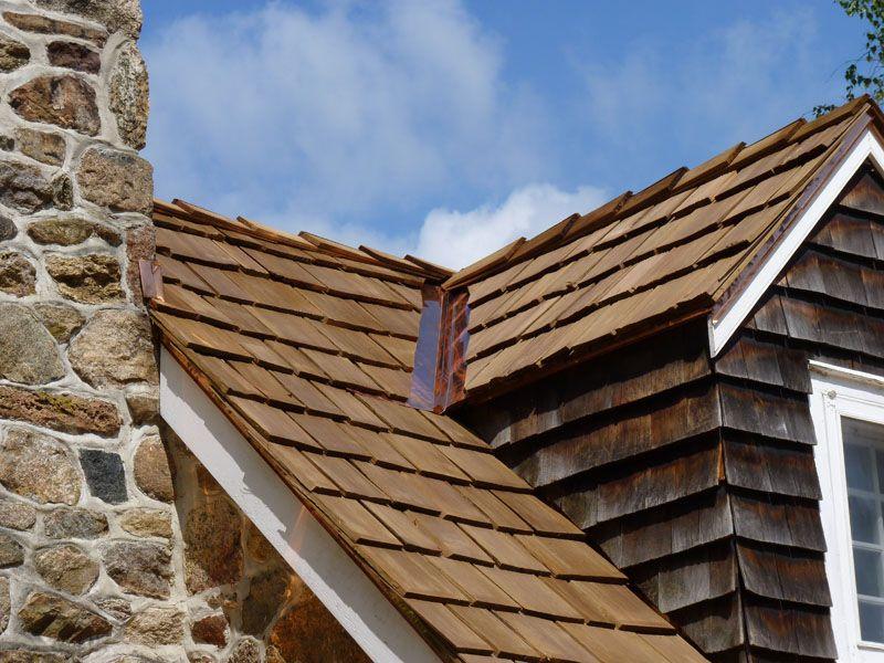 Best Cedar Shake Medium Hand Splits Roofing Installation 640 x 480