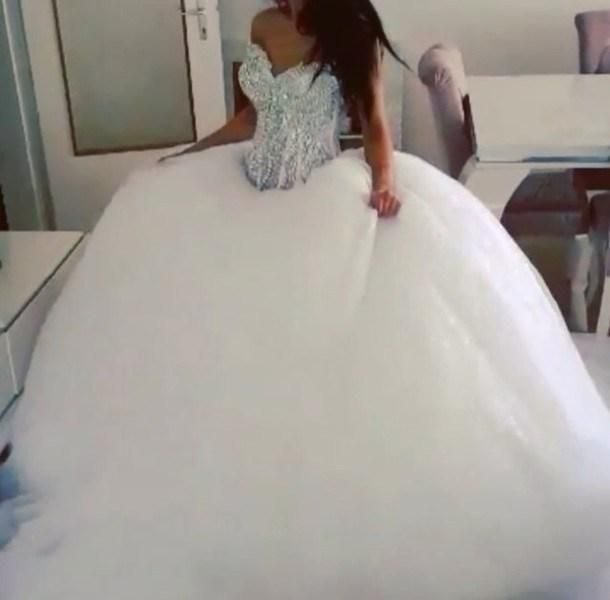 New Arrival 2018 Classic Fashion Ball Gown Wedding Dress With Rhinestone Bodice Bridal Gown Puffy Skirt Tulle Skirt Short Formal Dresses Vintage Lace Wedding Dr Ball Gowns Wedding Ball Gown Wedding