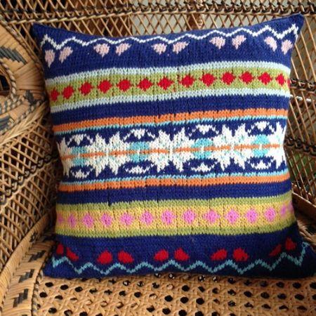 Fair Isle Cushion Cover | Knitted cushions, Tea cosy ...