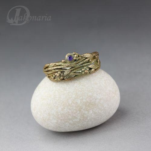 Gałązki liściaste w fiolecie - pierścionek z brązu z cyrkonią Biżuteria Pierścionki Drakonaria