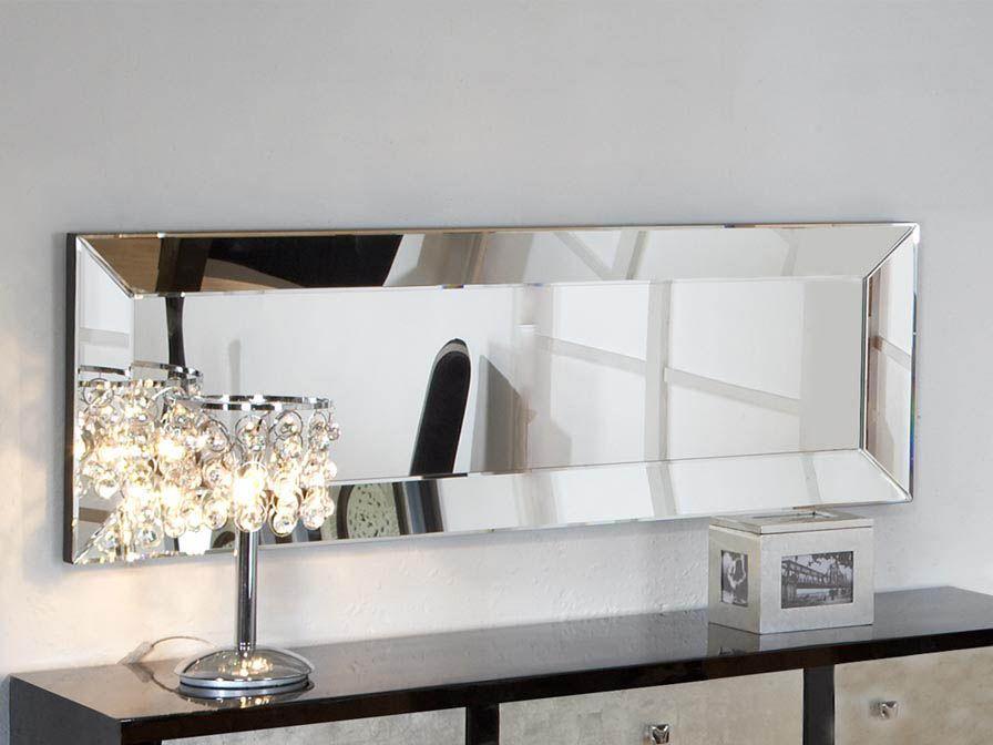 Espejo realizado con lunas biseladas soporte de madera y for Espejo horizontal salon