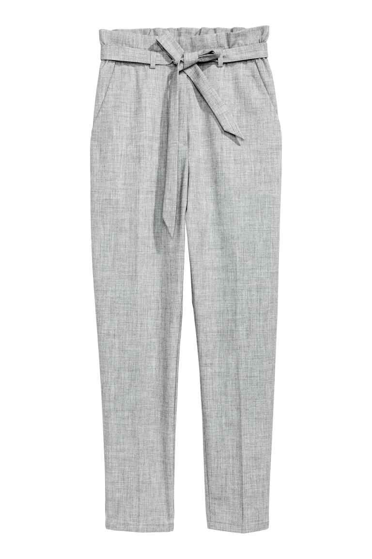 909dc8bb03045b Paper bag trousers in 2019 | Workplace chic | Paperbag pants, Pants ...