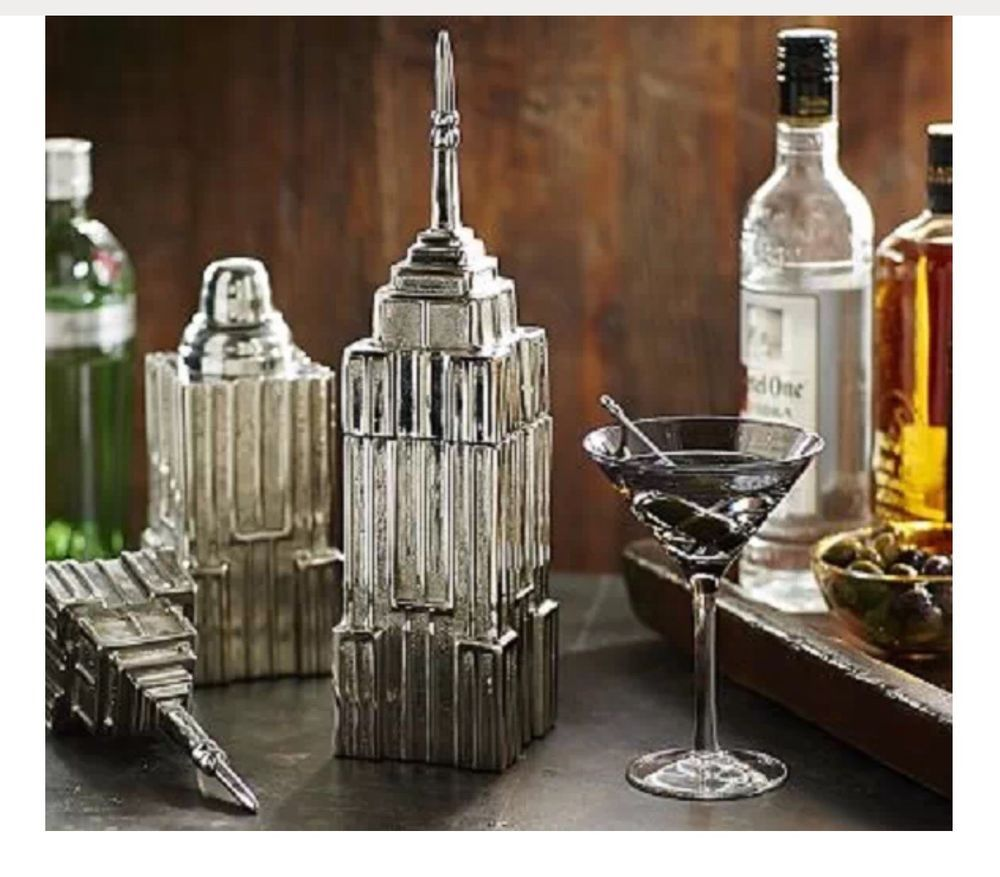 POTTERY BARN EMPIRE STATE BUILDING COCKTAIL SHAKER ---NEW