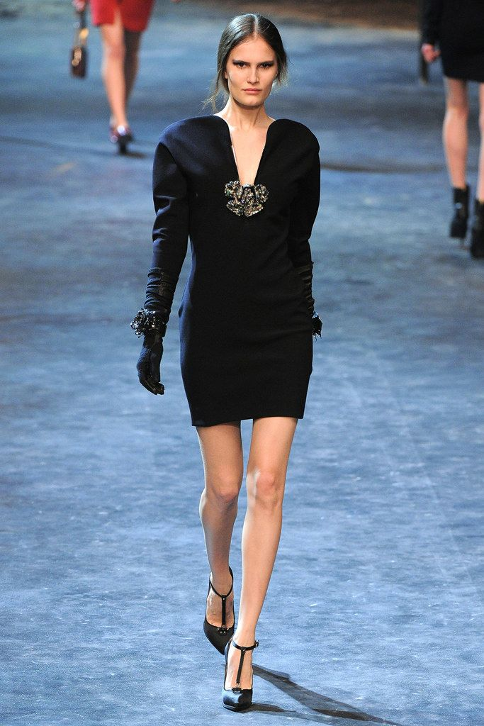 Lanvin Fall 2011 Ready-to-Wear Fashion Show - Alla Kostromichova (Marilyn)
