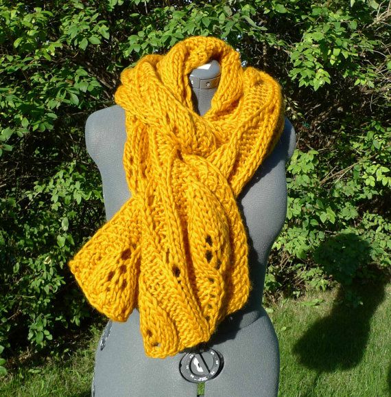 Love the volume in this scarf!