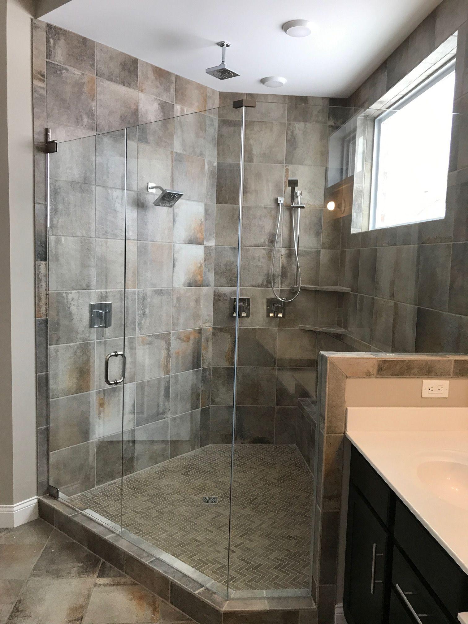 Cotto Contempo Wall Street 13x13 With Woodbridge Wb96 Spruce Tiled Pan Bathtub Remodel Bathroom Design Bathroom