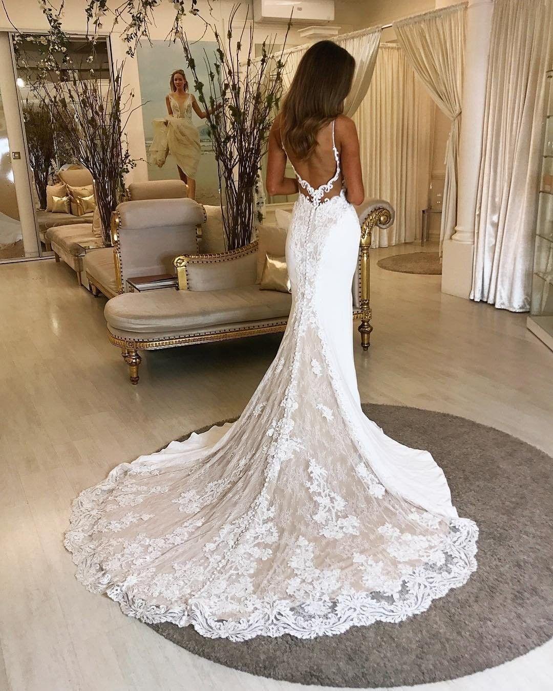 """Hochzeitskleider-Galerie auf Instagram: """"Hast du jemals von deiner Hochzeit geträumt …"""