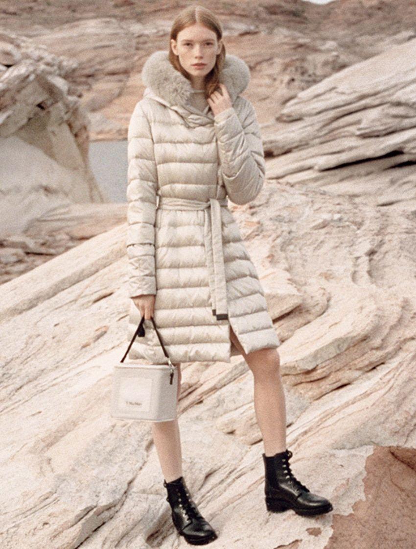 Max Mara Fall Winter 2017 Julia Hafstrom By Max Farago Fashion Editorials Fashion Clothes Editorial Fashion [ 1120 x 850 Pixel ]