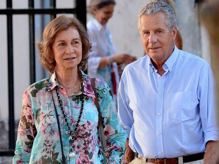 Los Borbón Y La Familia Carvajal Historia De Una Amistad Que Nació En Las Jarillas Rey Juan Carlos Primer Novio Doña Sofía
