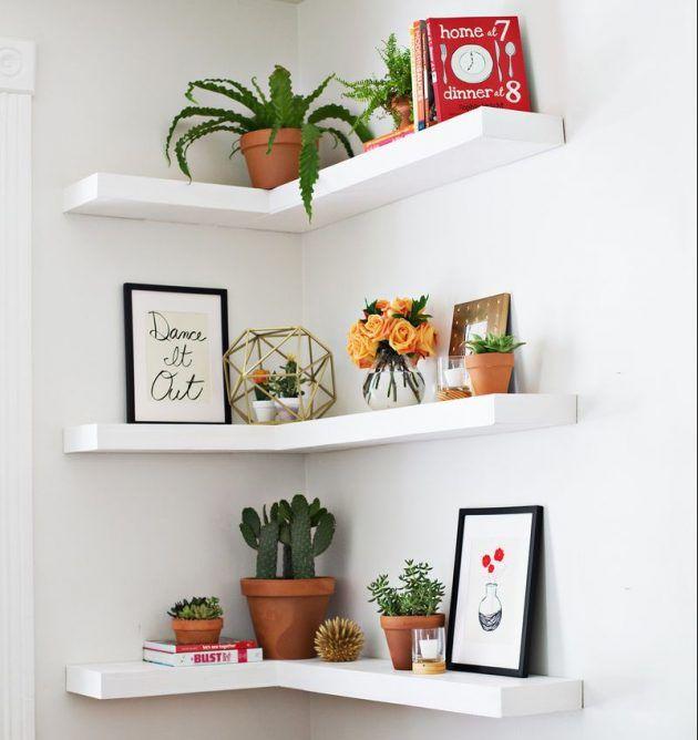 È abbastanza normale che in ogni casa ci sia una grande model di oggetti che fanno sorge il problema di dove metterli. 16 Diy Corner Shelf Designs To Use Every Inch Of The Space Arredamento Casa Idee Di Arredamento Idee Per La Stanza Da Letto