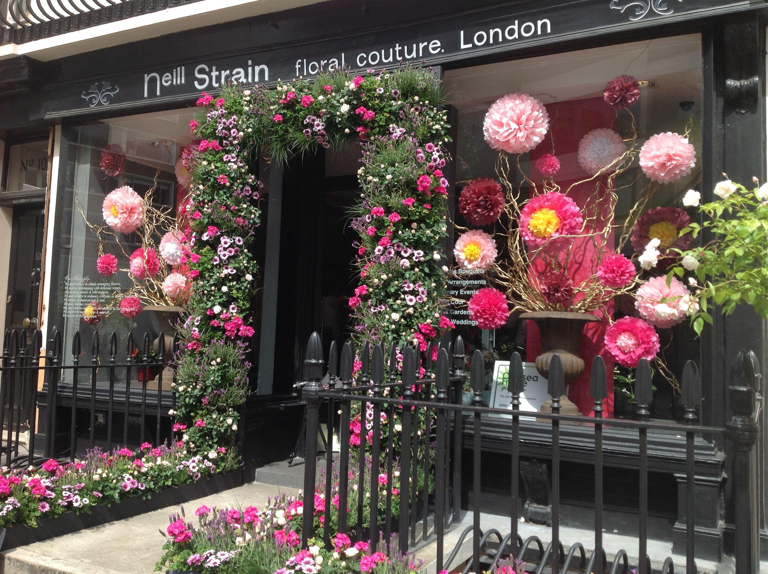 Idea By Jane Dempsey On Visual Merch Flower Shop
