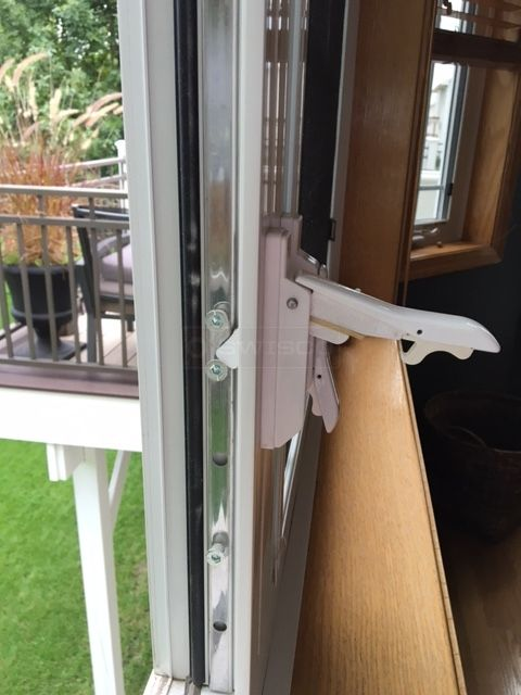 Cat Window Multi Point Locking Handle