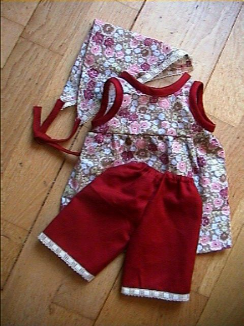 03a25d61f52e2 Patron de robe pour poupée 35-40 cm