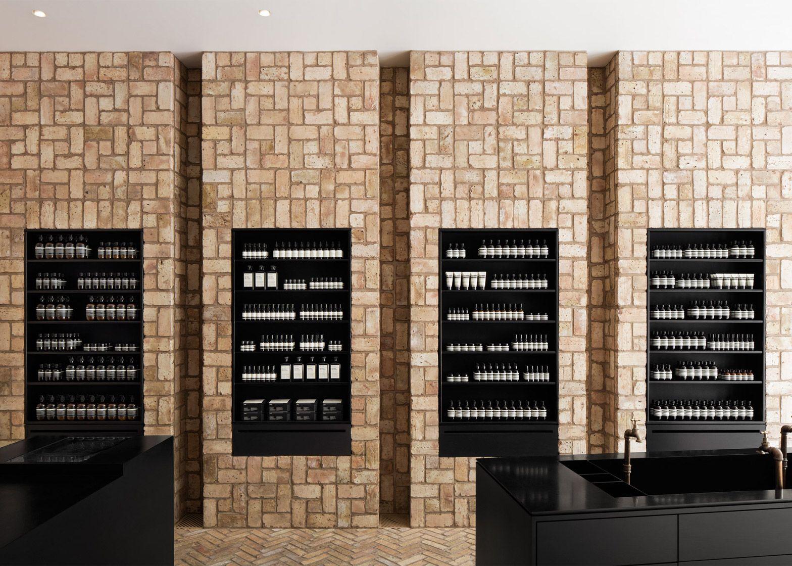 Norman Kelley Uses Reclaimed Bricks For Aesop In Chicago Aesop Store Brick Interior Retail Interior