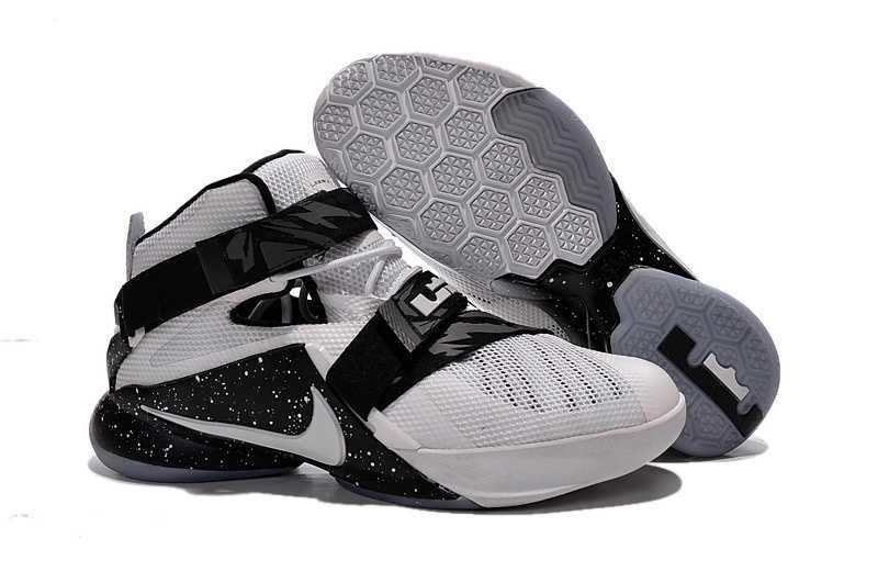 sale retailer b8226 cdd09 1830   Nike Zoom Lebron Soldier 9 Herr Svart Vit SE336000bdzwOMM