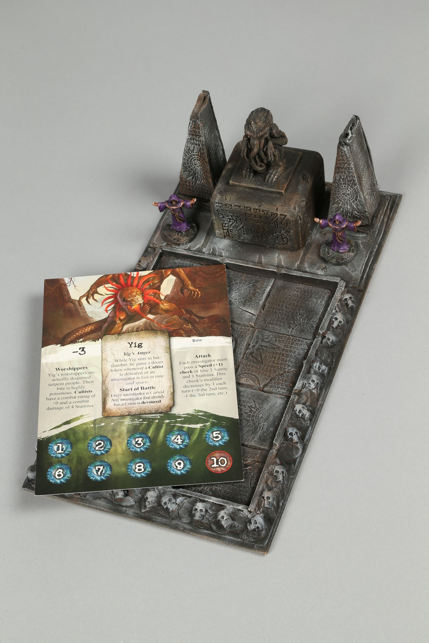 Homemade card and counter holder arkham cthulhu Custom
