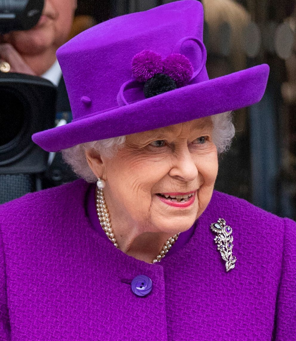 Queen Elizabeth Reveals She Once Wore Braces I Think It S Worth It In The End Queen Elizabeth Elizabeth Ii Queen Elizabeth Ii