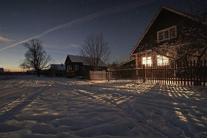 картинки деревенского дома вечером