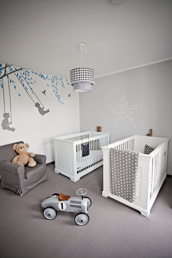 hier schlafen zwillinge bekommen kinderzimmer und zwillinge. Black Bedroom Furniture Sets. Home Design Ideas