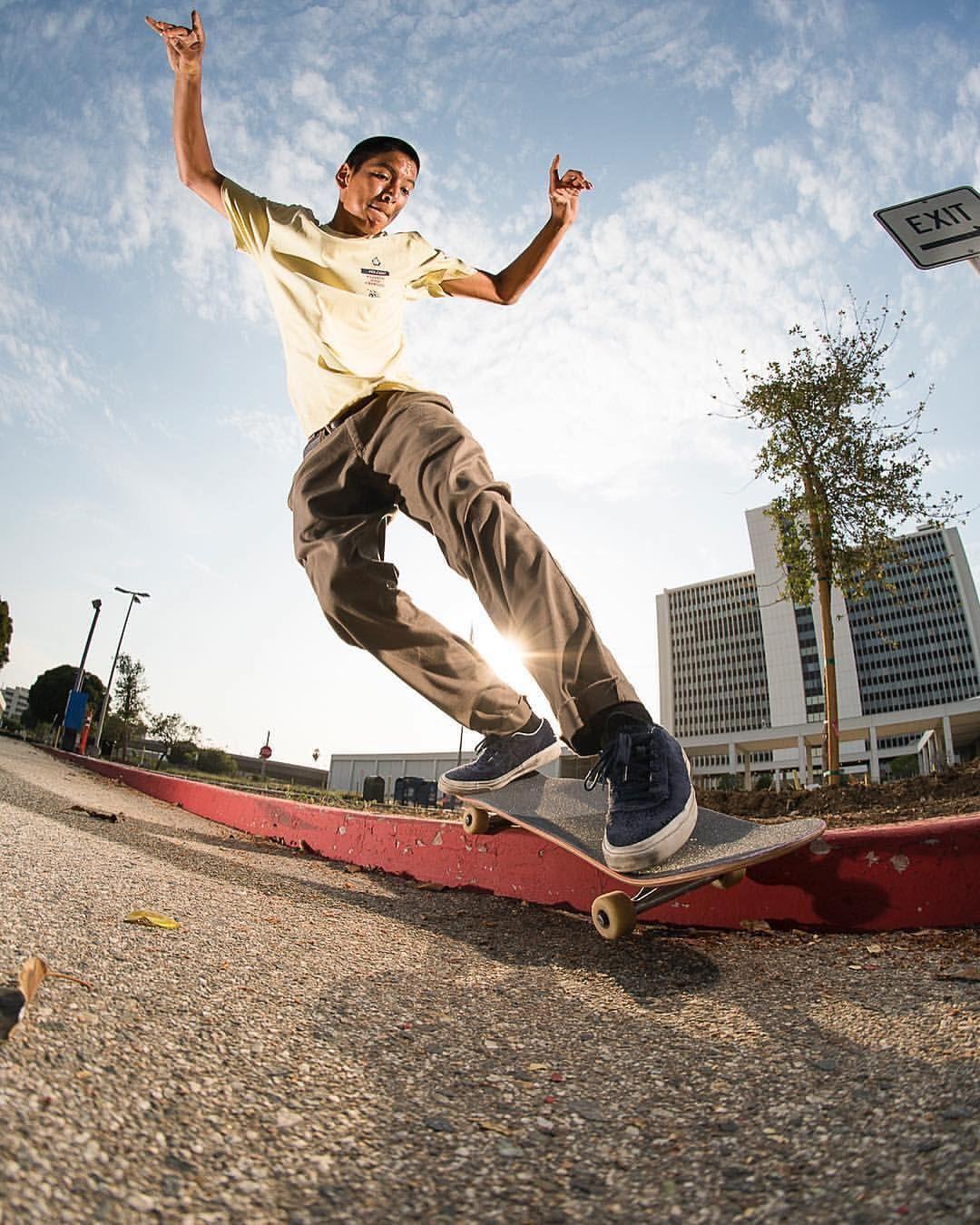 Ll Louielopez Sur Instagram Slappybsmith Atibaphoto Skateboard Skateur Skate