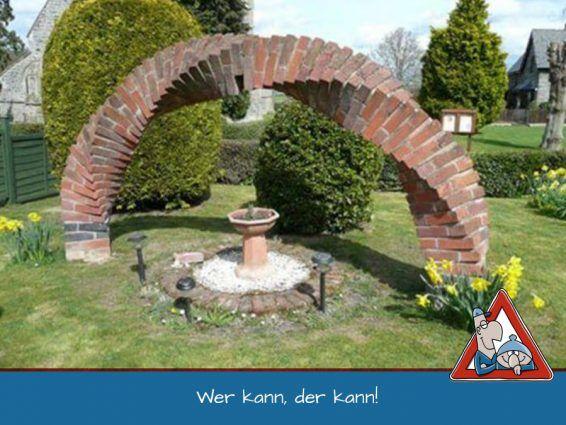 Steinrundbogen Als Torbogen Aus Backsteinen Gesellenstuck Epic Brick Arch Ziegelsteine Gartendekoration Garten Landschaftsbau