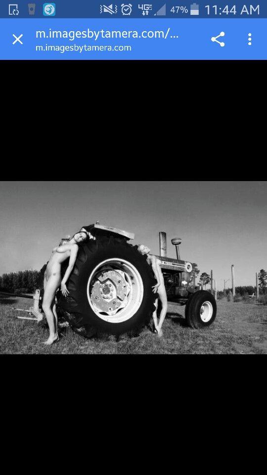 Tractor Pulling Calendario 2020.Tractor Tire Boudoir Calendar Tractor Tire Monster