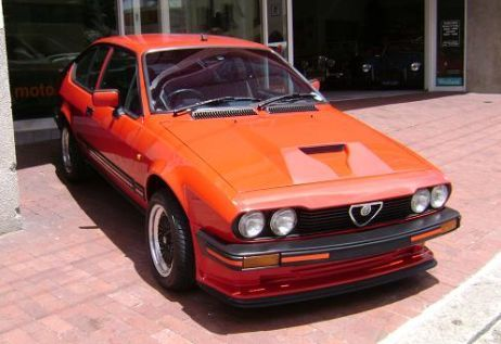Alfa Romeo GTV 6 25