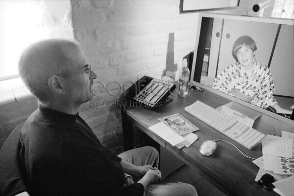An Inside Look At Steve Jobs Home Office Steve Jobs Heroe Lider
