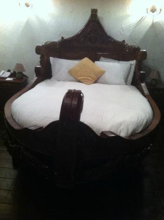 Kinnitty Castle Hotel Home Bedroom Viking Decor Home