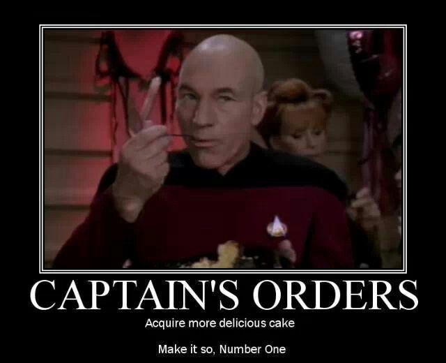Mmmmm Cake Hang On This Was Chocolate Cake A Minute Ago Star Trek Funny Star Trek Data Star Trek Birthday Meme