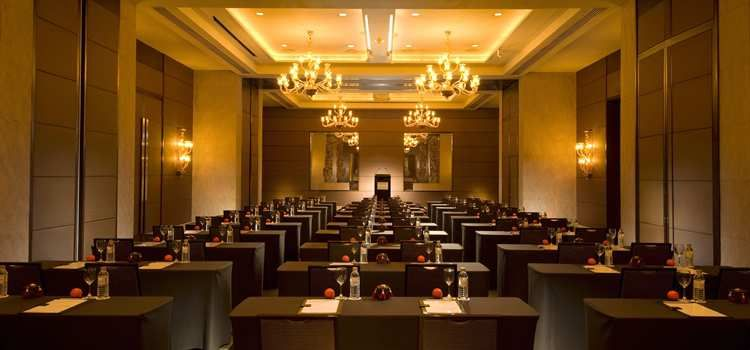 hotel seminar room - Google Search | meeting rooms & function ...