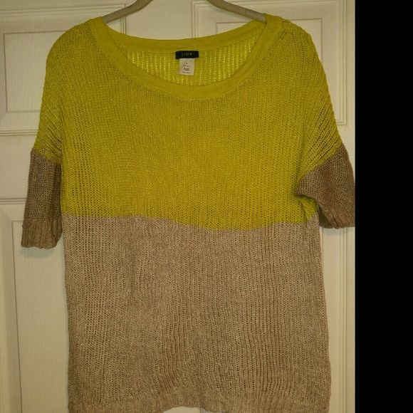 J Crew Sweater ??Short Sleeve ??Large ??Gently used ??OFFERS WELCOME J. Crew Sweaters Crew & Scoop Necks