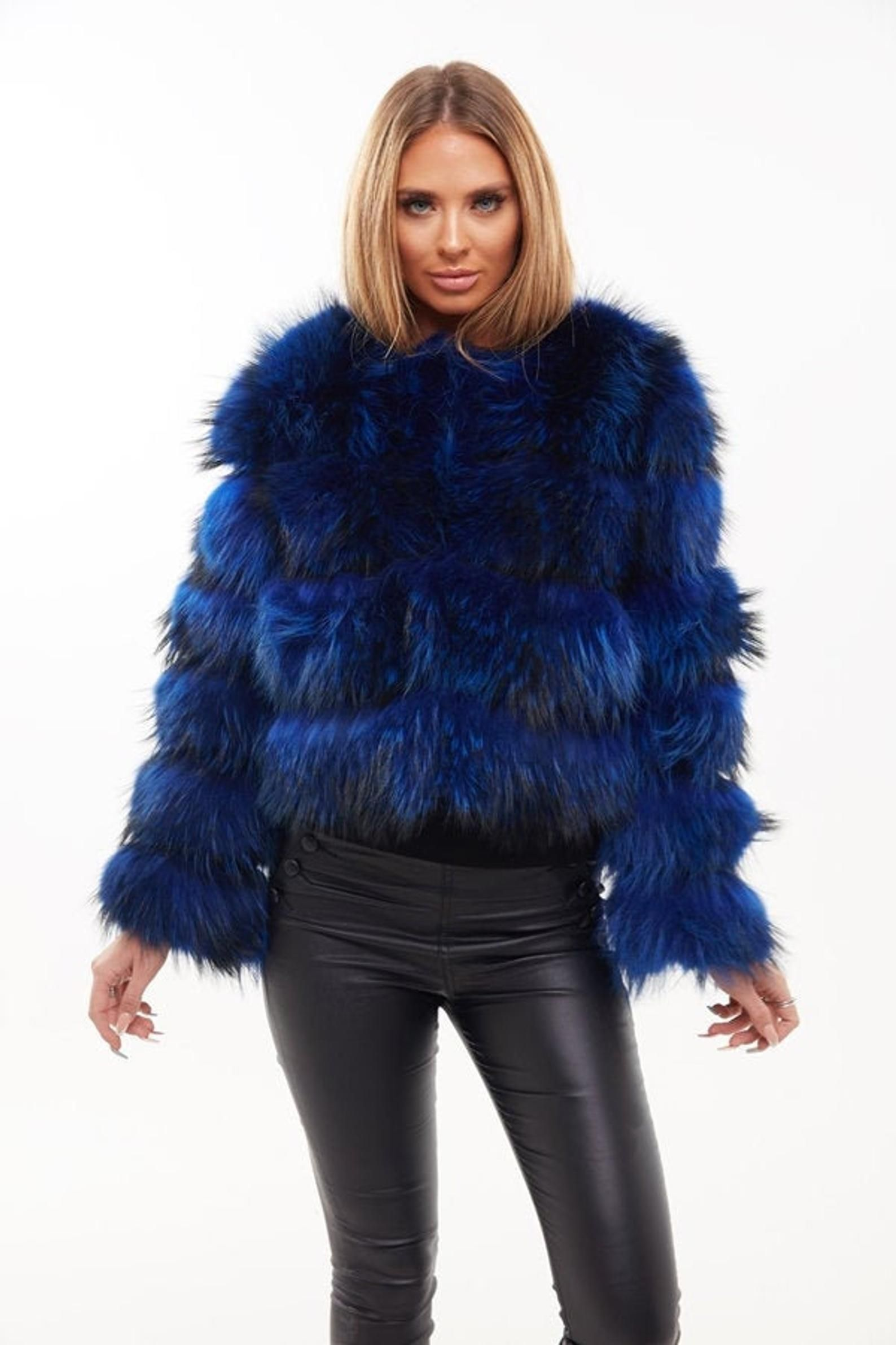 Raccoon Fur Coat Blue in 2020 Fur coat, Raccoon fur