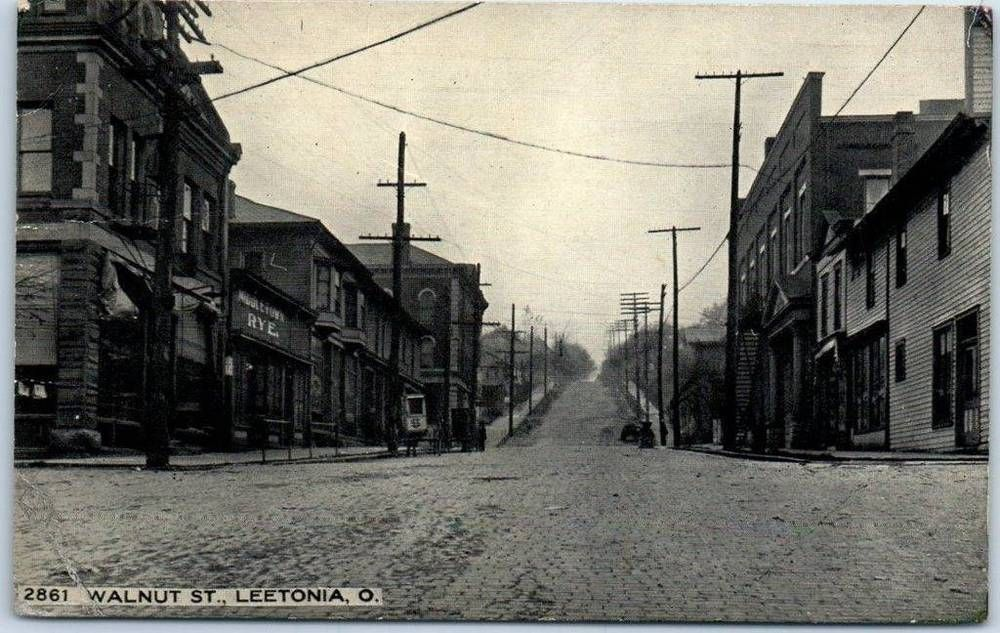 Leetonia Ohio Postcard Walnut Street Downtown Scene W 1913 Oh Cancel Street Scenes Old Postcards Scenes