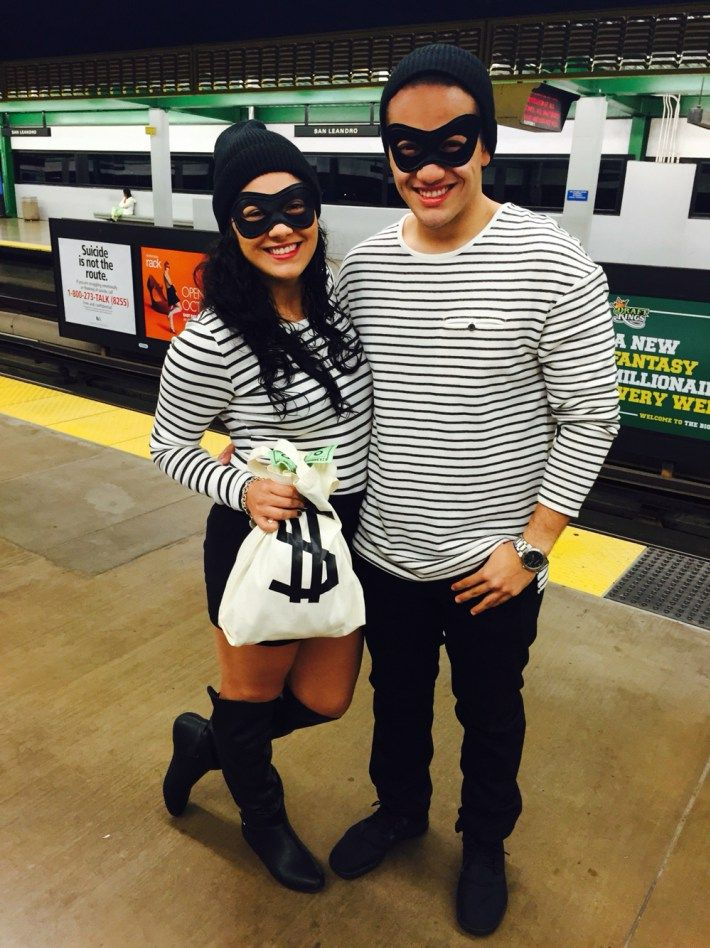 Top 20 Couples Halloween Costume Ideas Costumes Pinterest - best college halloween costume ideas