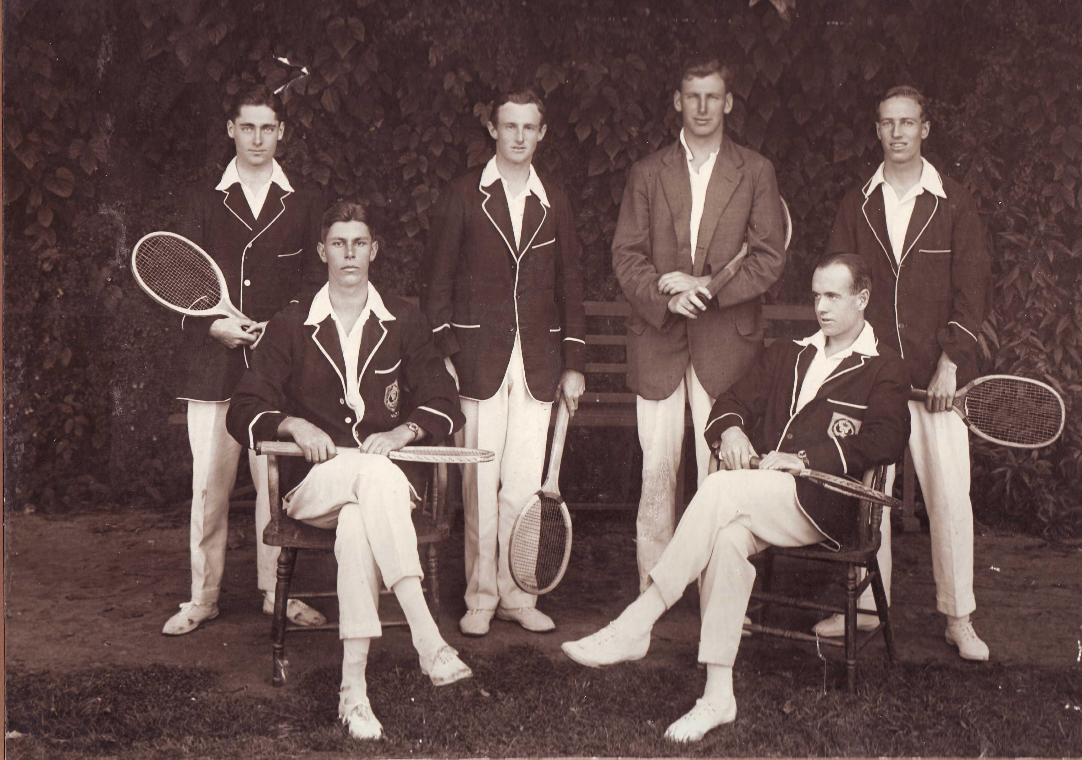 11510220.jpg 3,442×2,419 pixels Tennis clothes, Vintage