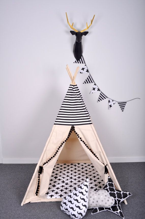 set de tipi noir blanc kids teepee pinterest noir chambres b b et enfants. Black Bedroom Furniture Sets. Home Design Ideas