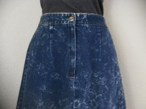 c7b37e1767 90s Vintage Acid Wash Jean Skirt 1990s High Waist Grunge Denim Midi Skirt  Size Small Medium