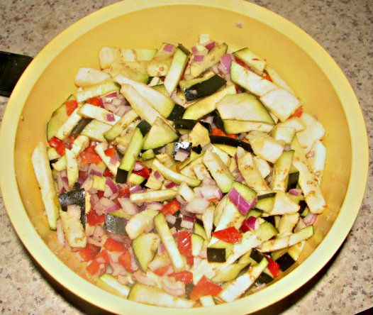 365 Days of Creative Canning: Day 13: Eggplant Salsa