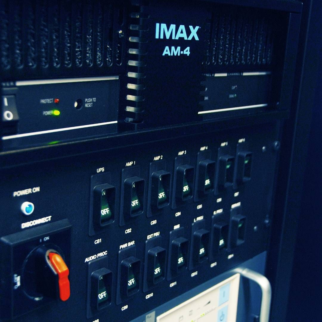Climbing #Everest is a challenge. Pressing all the right buttons to bring Everest to #IMAX....no sweat. #BehindTheScenes #VIP