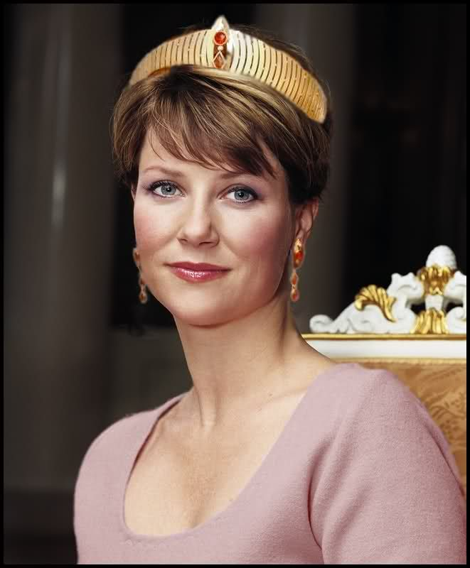 Norway's Princess Martha Louise in her mother's Modern Gold tiara.