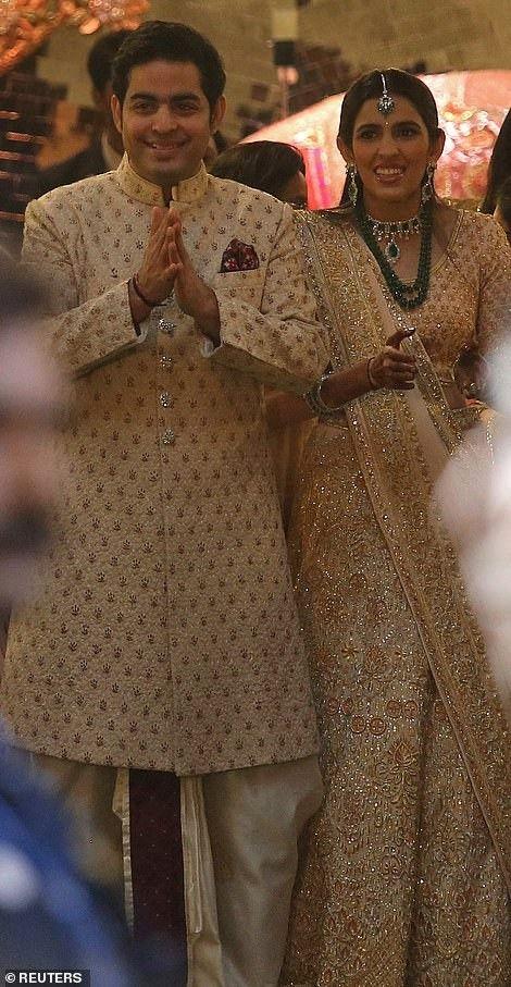 Pin by syeda Bushra on celebrities wedding Indian