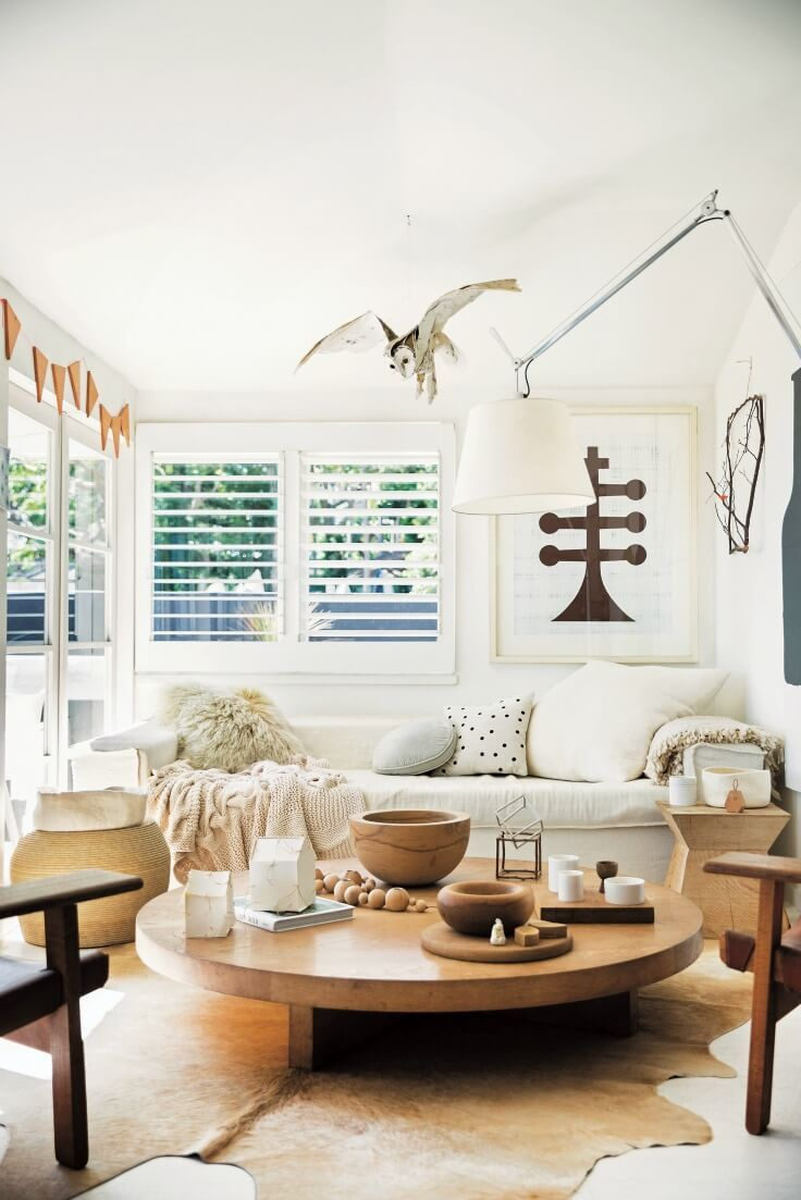Inside a tonne of Homes showcasing relaxed Coastal Living | Beige ...