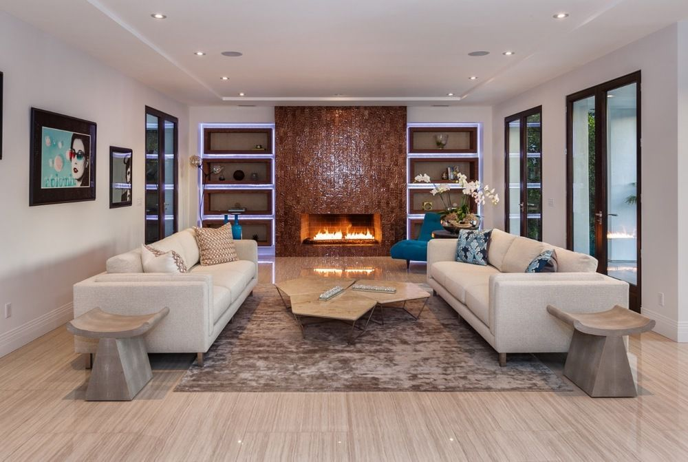 Staging a Beverly Hills contemporary home to enhance the clean lines