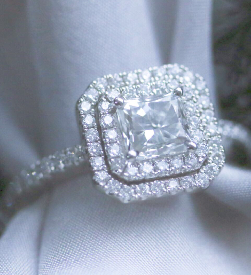 View our full range of diamond rings online cwsellors