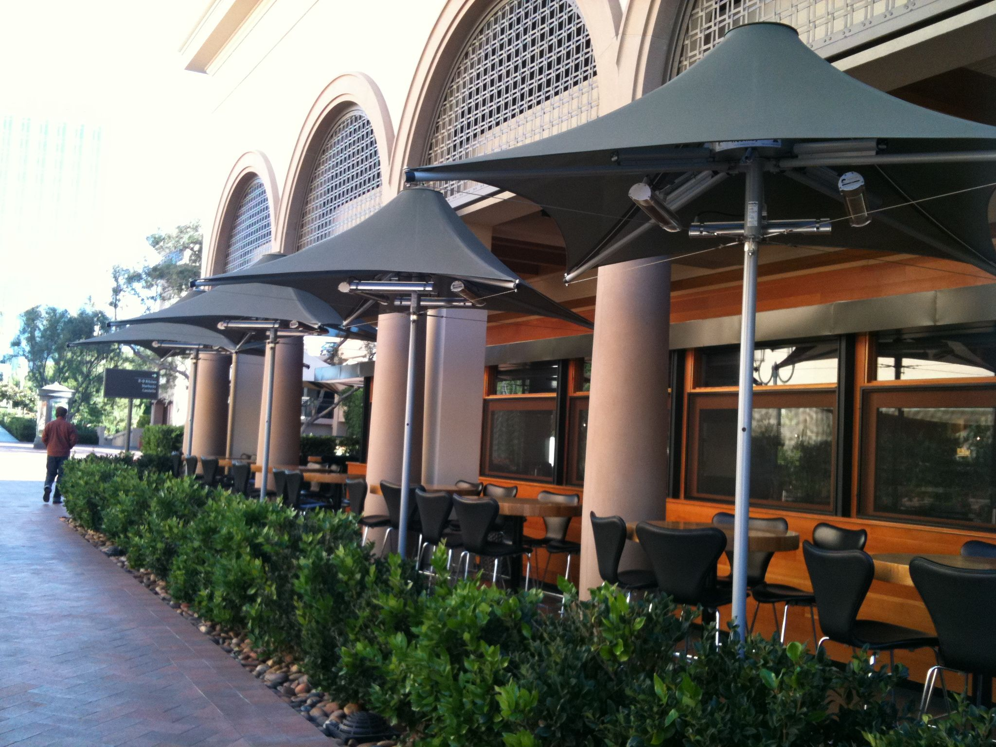 Perfect Shown Here Are Heated Patio Umbrellas And R+D Kitchenu0027s Patio Dining Area.