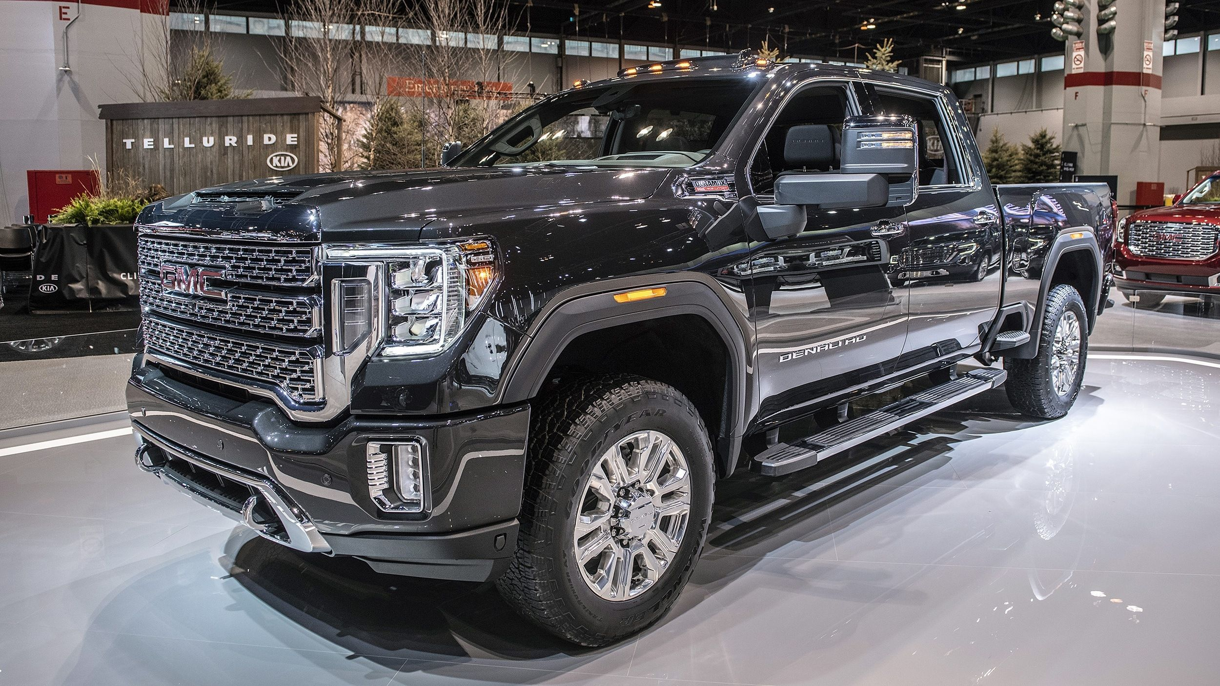 2020 Gmc Sierra Denali Hd Chicago 2019 Photo Gallery Autoblog Exterior And Interior Review Gmc Sierra Denali Gmc Sierra Gmc Denali
