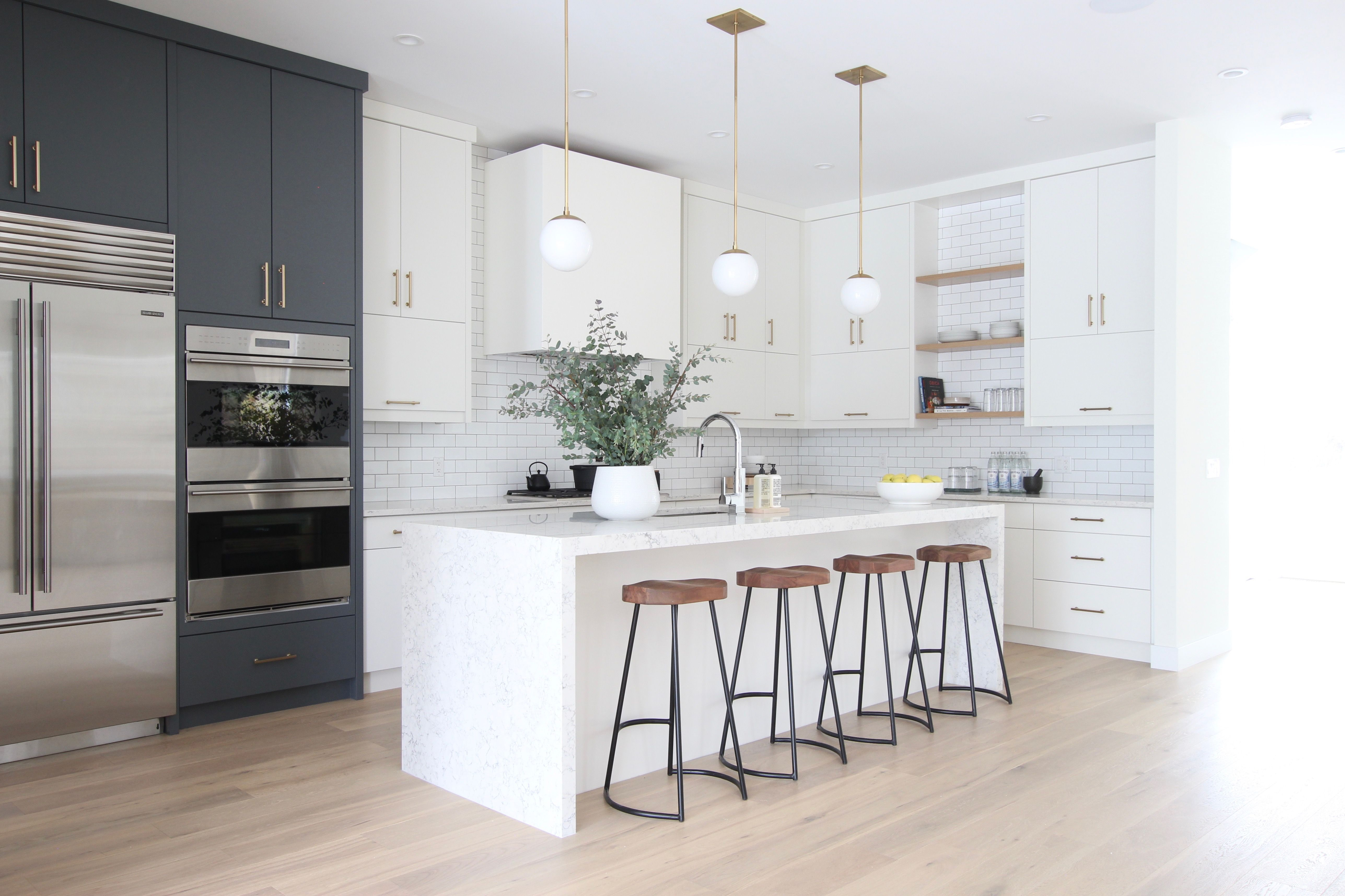 Modern Classic Project open shelving kitchen, wood