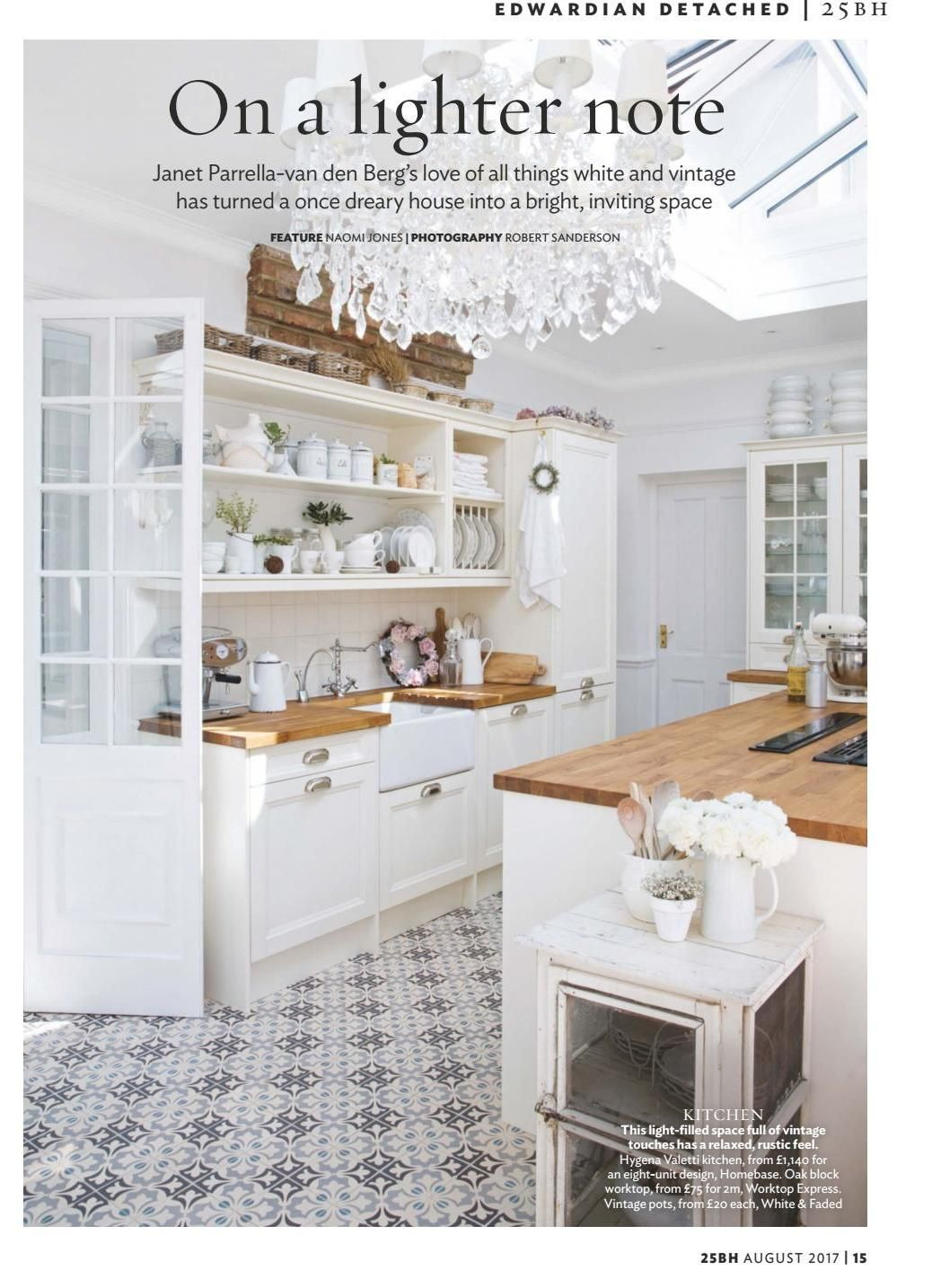 25 beautiful homes august 2017